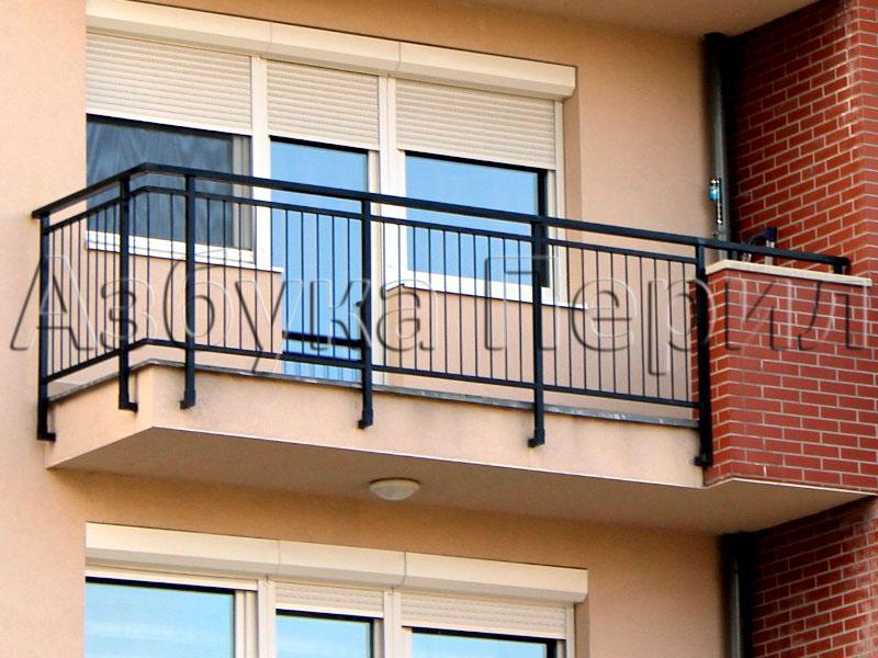 Ограждения балкона.