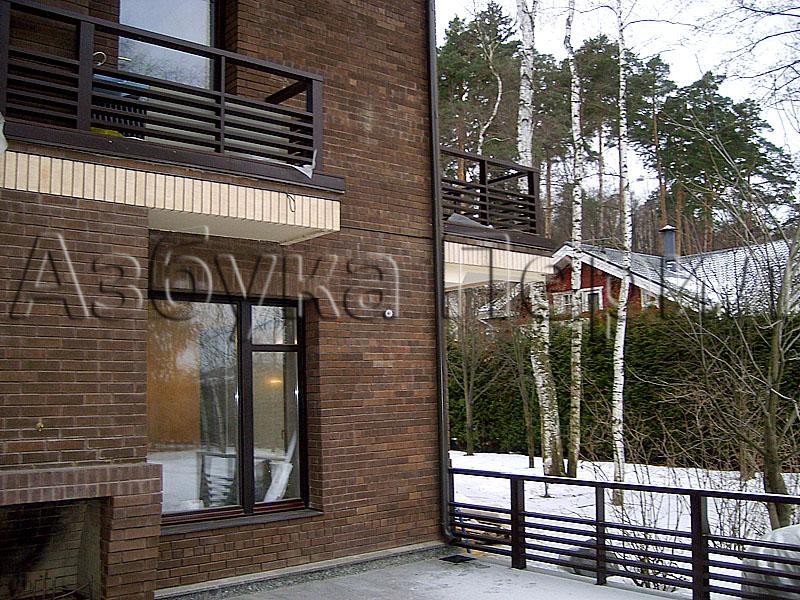 Металлические ограждения террас и балконов..